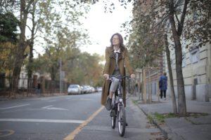 Keksi pyörä uudelleen! – HKL hakee uusia ideoita pyöräliikenteen kehittämiseksi